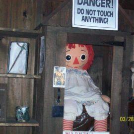 [FATOS REAIS] A verdadeira história de Annabelle, A Boneca Assombrada