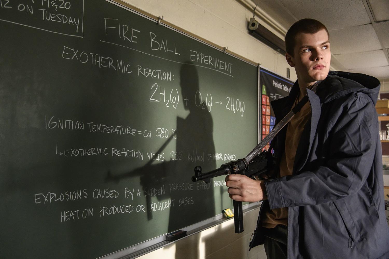 run hide fight atirador em escola